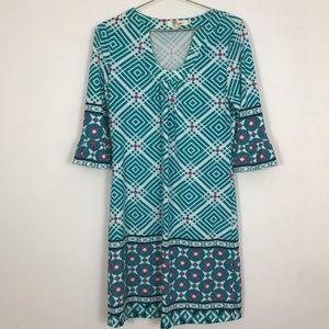 Aryeh women's small dress shift bell sleeve v neck